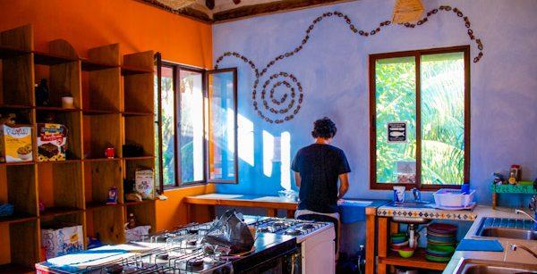 hostel-affordability-kitchen