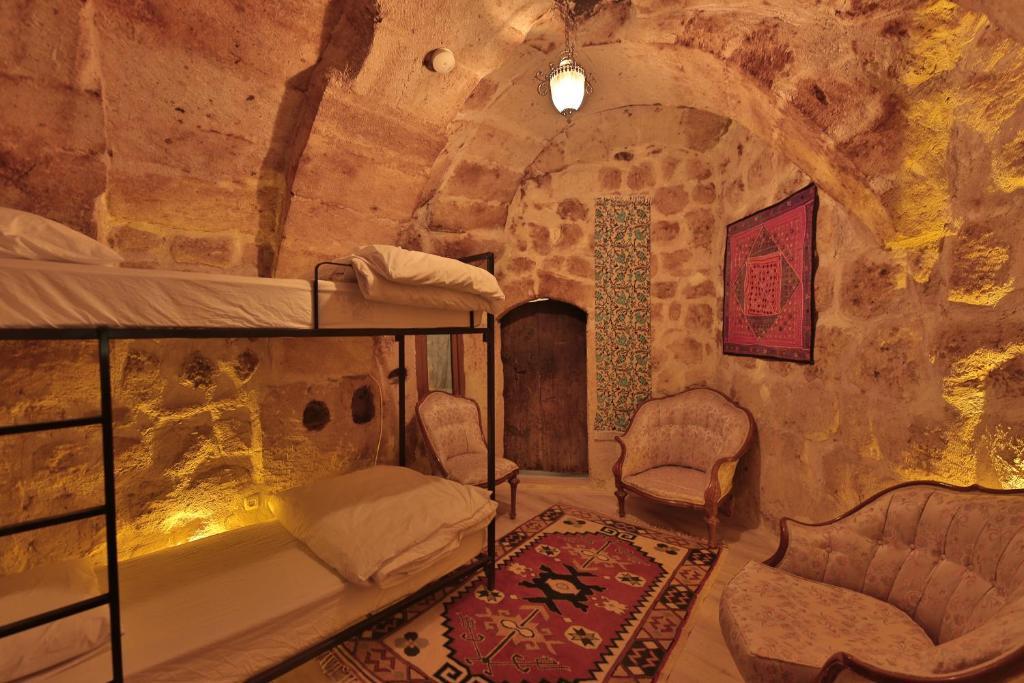 turkey-cave-hostel