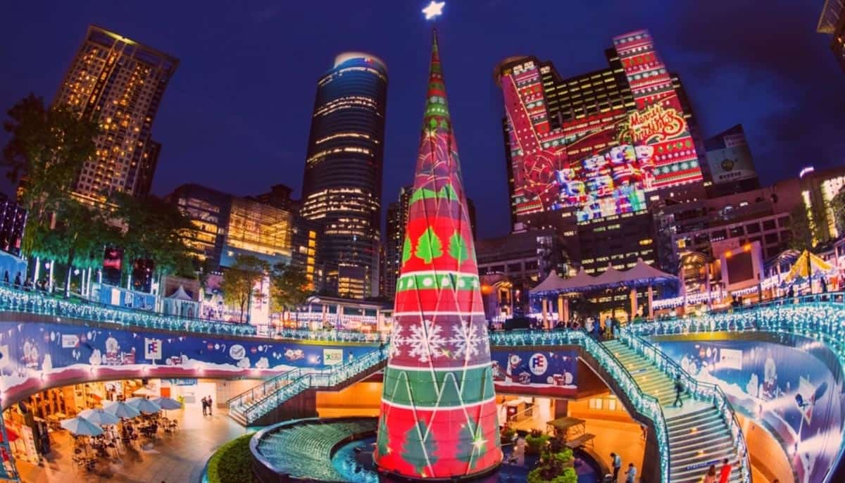 Christmasland-in-New-Taipei-City,-Taiwan
