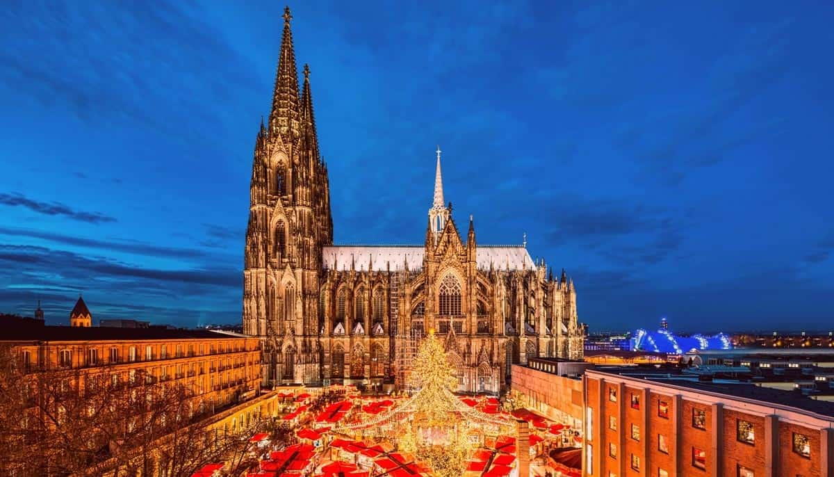 Cologne-Christmas-Markets,-Germany