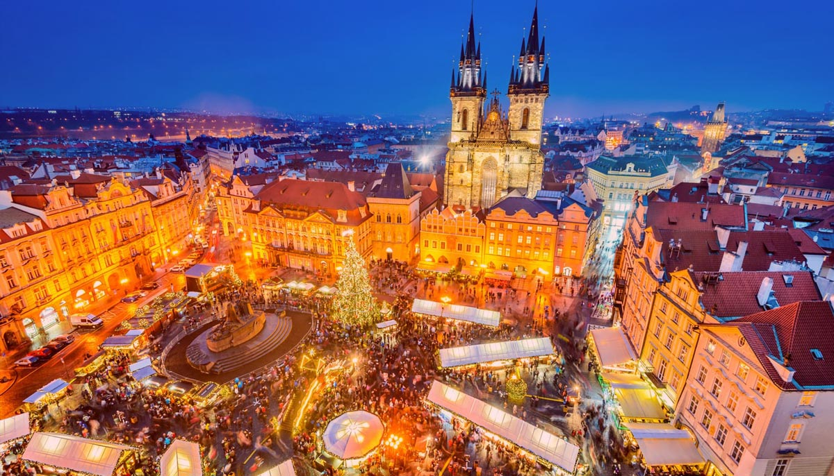 Prague-Christmas-Markets,-Czechia