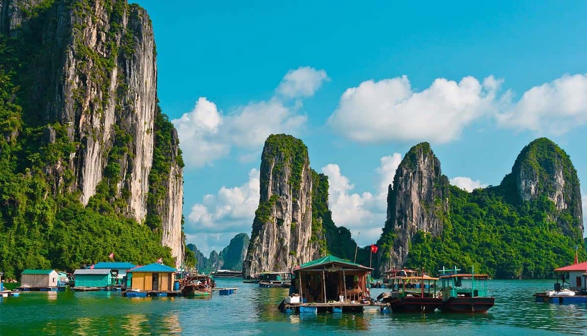 ha-long-bay Places To Visit In Southeast Asia