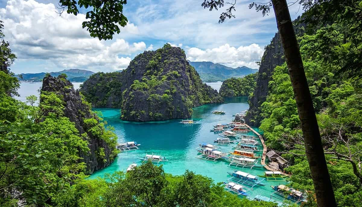 palawan-philippines-Road-affair