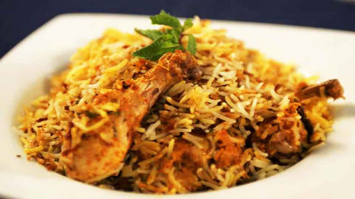 chicken-biryani-what-to-eat-in-india