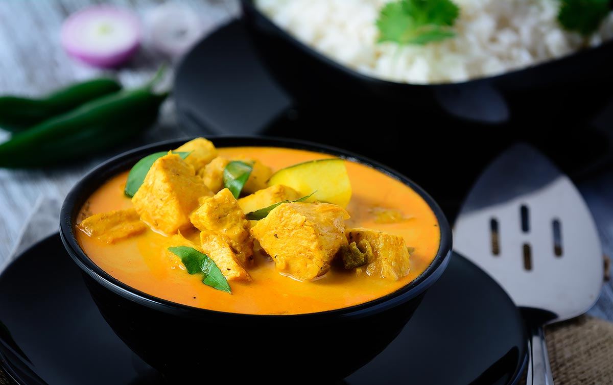 fish-mango-curry-what-to-eat-in-india