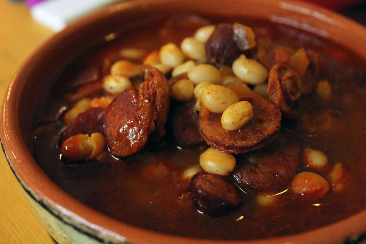 fabada asturiana what to eat in spain