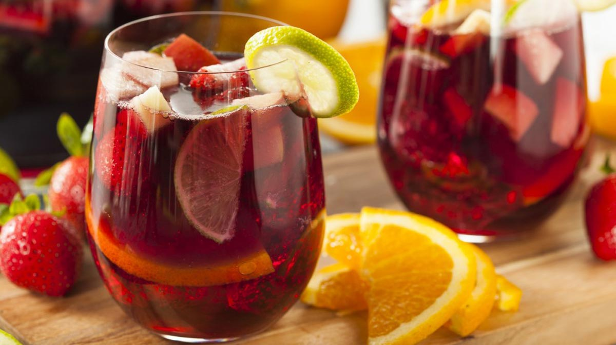 sangria what to drink in spain